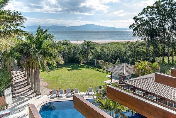 hotel pé na areia em Florianópolis