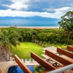 Pausa no trabalho: Relaxe num Hotel com vista para o mar em Florianópolis