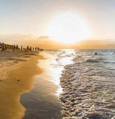 7 praias fantásticas para você conhecer em Florianópolis 🏄🌴