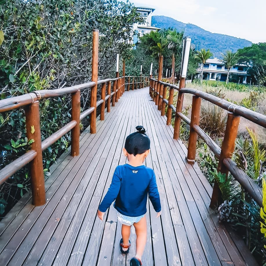 Dani Jacinto mãe de mochileirinho hotel torres da cachoeira viagem com crianças viajar com pequenos mães que viajam viagem florianópolis com filhos