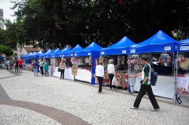 artesanato em florianopolis compra de artefatos acessórios da ilha renda de bilro boi de mamao ceramica