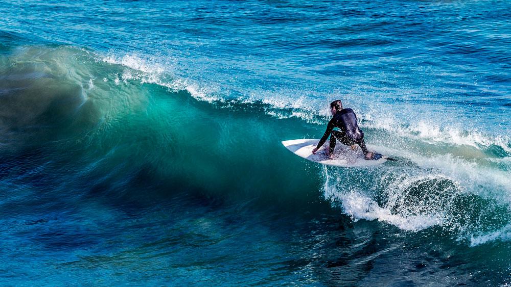 passeio de barco em florianópolis mares de floripa ilha da magia surf