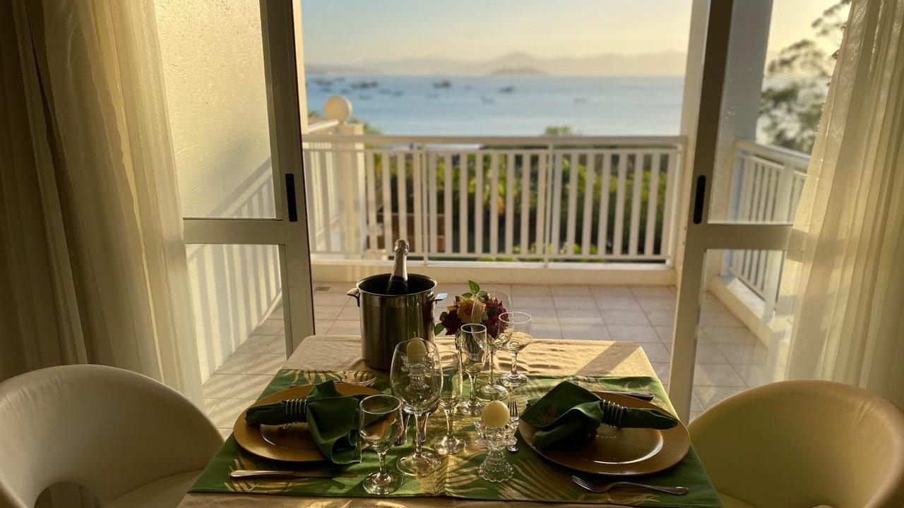 jantar romantico no quarto hotel torres da cachoeira