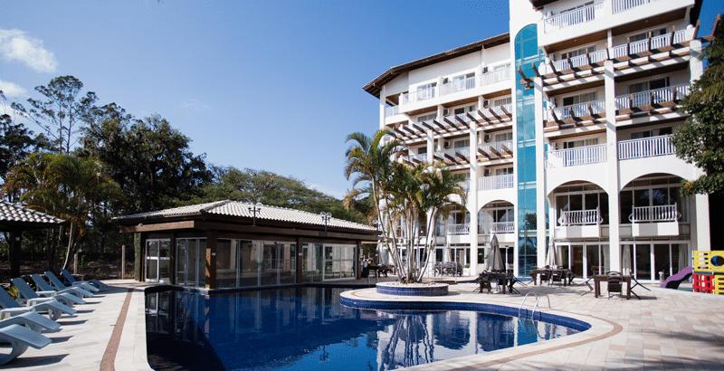 fachada hotel torres da cachoeira piscina climatizada